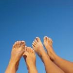 Tante soluzioni naturali per avere piedi lisci e profumati